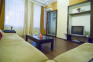 Apartment Maria living room - odessa apartment rentals